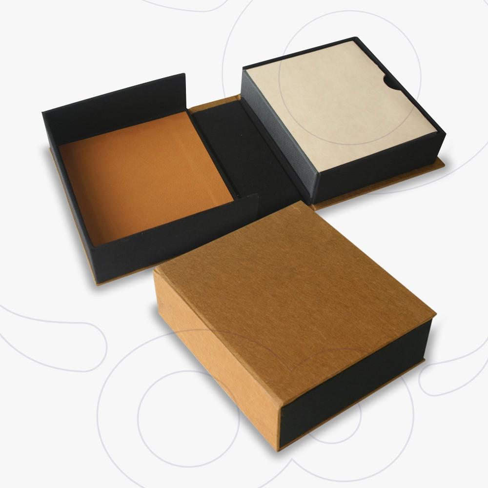 Clamshell Rigid Boxes